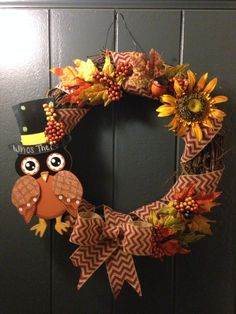 "Fall Wreath ""Who's There"""