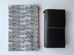Midori Traveler's Notebook Bag Zipper by LowlandOriginals on Etsy Notebook Bag, Travelers Notebook, Moleskine, Zipper, Fabric, Handmade, Diy, Bags, Stuff To Buy