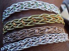 Make a Bracelet Out of Used Guitar Strings.: 8 Steps