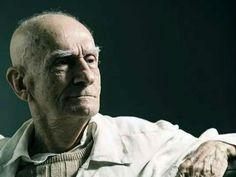 Um dos maiores nomes da literatura nacional, o paraibano Ariano Suassuna (1927-2014) ganha uma homenagem especial na Caixa Cultural e no Theatro Municipal nos meses de janeiro e fevereiro.