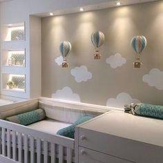"""20 curtidas, 3 comentários - Mami & Co • por Débora Gabbay (@mamiandco) no Instagram: """"Se tem um tema que eu adoro e que foge do comum é esse: balões e nuvens! #maternidade #maternity…"""""""