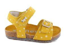 Cleo 2033 sandaal  geel nubuck (maat 21-32)