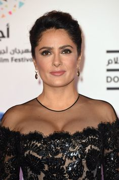 Salma Hayek Photos - Producer and Voice Talent Salma Hayek-Pinault attends the Kahlil Gibran's The Prophet Red Carpet on Day 6 of the second Ajyal Youth Film Festival on December 2014 in Doha, Qatar. Selma Hayek Hot, Beautiful Celebrities, Beautiful Actresses, Salma Hayek Penelope Cruz, Salma Hayek Body, Salma Hayek Pictures, Female Movie Stars, Indian Actress Photos, Paparazzi Photos