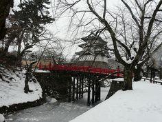 Original donjon/tenshu (天守) #10 - Hirosakijo (弘前城) by chee_hian, via Flickr