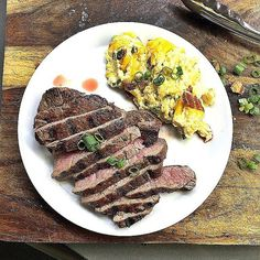Maybe my favorite meal #steak #ribeye #keto #ketodiet #ketogwenic #ketogenic #atkins #lchf #lowcarb by ketogwennie