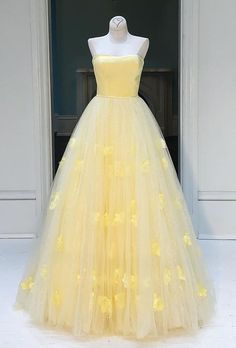 Prom Dress Princess, Yellow tulle princess strapless A-line long prom dress, party dress Shop ball gown prom dresses and gowns and become a princess on prom night. prom ball gowns in every size, from juniors to plus size. Elegant Bridesmaid Dresses, Elegant Dresses, Pretty Dresses, Sexy Dresses, Beautiful Dresses, Formal Dresses, Long Dresses, Modest Dresses, Casual Dresses