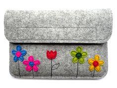 d03d8c1712fdc Frühlingswiese - Filzhülle für Kindle-Paperwhite Süße Taschen