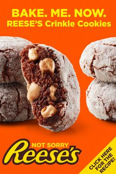 The holidays are here and so are delectable REESE'S Crinkle Cookies. So good you'll want to share, or maybe not at all. Brownie Cookies REESE'S Crinkle Cookie Baking Recipes, Cookie Recipes, Dessert Recipes, Bar Recipes, Recipies, Just Desserts, Delicious Desserts, Yummy Food, Tasty