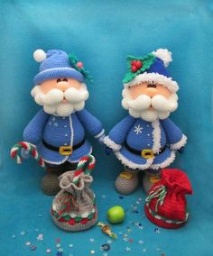 Let op: Dit IS een patroon alleen en niet de AFGEWERKT speelgoed! Gehaakt patroon door Larisa Kostyleva MATERIALEN en hulpmiddelen die u nodig hebt: • garen in main (blauw of rood), contrasterende (licht blauwe of licht rood), huid, witte, groene, gele, donkere grijze, rode en zwarte kleuren (ik gebruikte 100% acryl garen, 100 g/300 m); • bijpassende haaknaald (ik gebruikte 1,75 mm); • een paar zwarte halve kralen voor de ogen; • een stuk plastic of dik karton voor de inlegzolen; •…