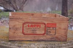 VINTAGE LAPPI VALIO Cheese Box from Finland Wood Crate Advertising Graphics 19.5 #VALIOLAPPI