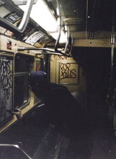 1981 - NYC subway car w/some guy writing graffitti Graffiti Photography, Film Photography, Street Photography, Night Aesthetic, Aesthetic Grunge, Nyc Subway, Looks Cool, Graffiti Art, Wall Collage