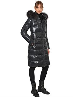 1c465ff74e48 199 Best Shiny down puffer jacket ladies images