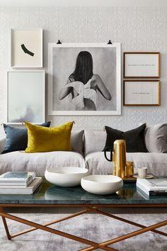 Living Room Colour Schemes: The Complete Guide gold-accents-black-white-colour-scheme #homedecoraccessories