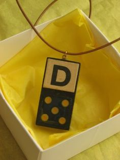We attended a birthday party over the weekend, which, for me, meant some last-minute crafting. This time I put together a domino necklace f. Domino Crafts, Domino Art, Crafts To Sell, Selling Crafts, Diy Crafts, Fete Ideas, Diy Ideas, Craft Ideas, Fundraising Crafts