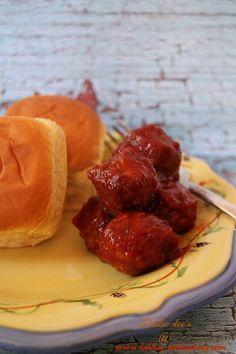 How to make BBQ meatballs in the crockpot - Debbiedoo's