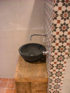 Cementtiles bathroom - negra 11 - Project van Designtegels.nl
