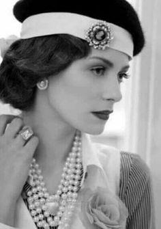 Gabrielle Coco Chanel (1883-1971)