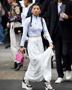 泰國公主 Sirivannavari Nariratana Rajakanya 現身 Chanel 騷 Chanel Chanel, Paris Fashion, Street Style, Clothes, Outfits, Clothing, Urban Taste, Clothing Apparel, Street Style Fashion