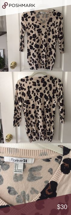 Forever 21 Leopard Three Quarter Sleeve Sweater Perfect condition, cute, and comfortable! Happy to negotiate :) Forever 21 Sweaters Crew & Scoop Necks