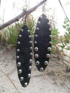 Denim Earrings Black Oval Stud por maidendenim en Etsy