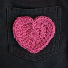 This crochet heart applique is perfect for embellishing anything from pockets, to headbands, to bags, to hats, and so much more ... perfect for Valentine's Day or anytime you need a little extra cuteness!