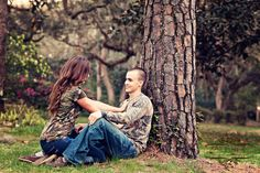 Cute engagement picture idea!
