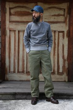 Freewheelers/Bootleggers - denimbro - Page 454 Workwear Fashion, Denim Fashion, Streetwear Fashion, Old Man Fashion, Japan Fashion, Army Shirts, Rugged Men, Minimalist Dresses, Beard Styles For Men