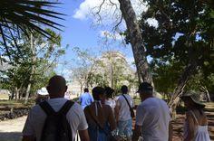 Lo primero que se ve en Chichén Itzá es el Templo de Kukulkán, una hermosa toma.