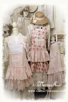 ~~~~VINTAGE PINK ROSE FABRIC APRONS~~~~ Happy Pink Saturday