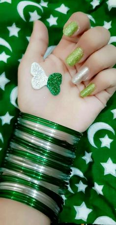 Visit for more dpz and surprise wishes for friends 14 August Pics, 14 August Dpz, August Pictures, September, Independence Day Pictures, Pakistan Independence Day, Happy Independence, Cute Girl Face, Cute Girl Photo