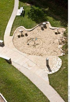mount-royal-salamander-cardinal-hardy-playground-07 « Landscape Architecture Works | Landezine: