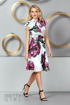 ROCHIE ALBĂ CU IMPRIMEU FLORAL MOV Pretty Girls, Girl Fashion, Satin, Floral, Summer, Dresses, Women's Work Fashion, Vestidos, Summer Time