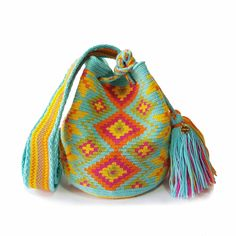 Small single thread Wayuu mochila bags are perfect for carrying around a few items such as your phone, wallet and a few other necessities. They are ideal to be Gifts For Young Women, Tapestry Bag, Phone Wallet, Cute Gifts, Night, Girls, Bags, Craft, Backpacks