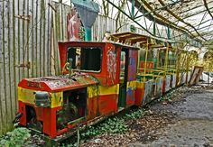 "Panoramio - Photo of Abandoned amusement-park; ""the last train"""