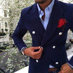 Men in suits – delicious! Modern Gentleman, Gentleman Style, Sharp Dressed Man, Well Dressed Men, Mens Attire, Mens Suits, Terno Casual, Dapper Men, Jackett