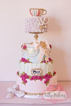Marie Antoinette wedding cake - by Sillybakery @ CakesDecor.com - cake decorating website