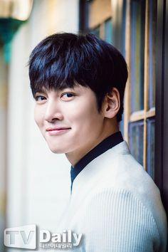 jcw Ji Chang Wook Smile, Ji Chang Wook Healer, Ji Chan Wook, Joon Gi, Lee Joon, Healer Drama, Charming Eyes, Empress Ki, Handsome Korean Actors