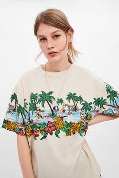 Women's Graphic T-shirts Looney Tunes, Printed Sweatshirts, Printed Shirts, Victoria Secret, Zara Women, Apparel Design, Fashion Prints, Colorful Shirts, T Shirts For Women