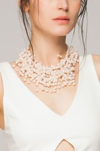 Faux pearl choker necklace - FrontRowShop