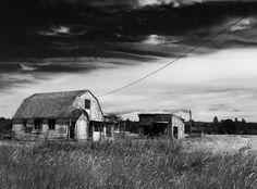 Abandoned farm home Oregon