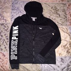 Vs Pink Marl Logo Hoodie NWOT. I purchased on an app and it was too big for me. It's a Large but can fit medium too as its a slim fit. New without tags, PRICE IS LOWEST! PINK Victoria's Secret Sweaters