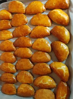 Greek Pastries, Breakfast Time, Pretzel Bites, Food And Drink, Cooking Recipes, Bread, Chef Recipes, Brot, Baking
