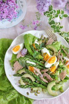 Sałatka ze szparagami i tuńczykiem - Zen w kuchni