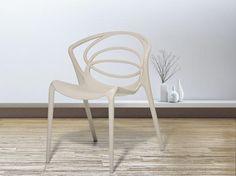 BEND Red Plastic Modern Garden Chair
