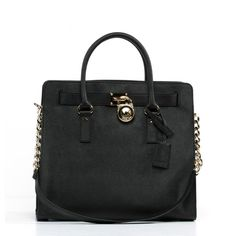 Perfect for any season this Michale Kors handbag is a great tote to take anywhere.