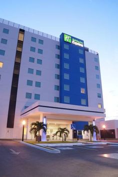 Holiday Inn Express Merida (**)  LUCIA AUTILIA JORDANS has just reviewed the…
