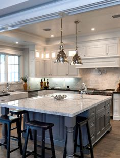 Luxury kitchen enhancementsIt's just all-natural to wish to include some luxury products to your kitchen style. Home Decor Kitchen, Interior Design Kitchen, Diy Kitchen, Kitchen Ideas, Diy Interior, Kitchen Backsplash, Kitchen Fixtures, Kitchen Trends, Coastal Interior