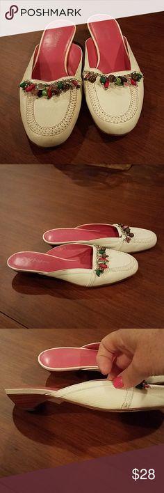 bb736b226 9 N Brighton Shoes Sandals.  Brighton Mules