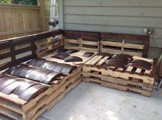 Outdoor Pallet Sectional :: Hometalk