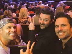 Dustin Lynch, Chris Young & Charles Esten at The Ryman watching Garth Brooks September 2016
